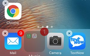 Move Folder to iPhone Dock